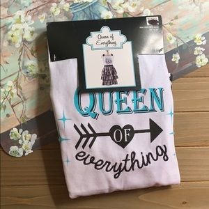 NWT- Queen of Everything Apron- OS